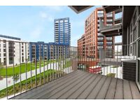 Large and modern studio apartment in London City Island E14 Canning Town - Gym Pool & balcony!