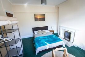 Stylish Double Room near University of South Wales Treforest 2
