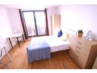 MODERN ENSUITE **** WALKING DISTANCE TO CANARY WHARF! **SHORT TERM** LONG TERM ** AVAILABLE NOW