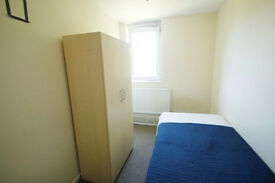 Double and Single room near the Tower Bridge - London Bridge area