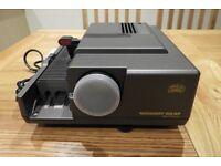 Braun Novamat 315AF 35mm slide projector and cartridges