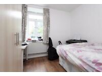 SUPER NICE ROOM IN A FRIENDLY FLATSHARE