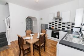 Fantastic renovated spacious 2 bedroom house - sharers and families - short term - bills included