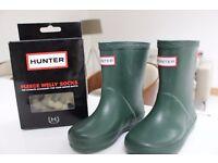 New kids Hunter wellies & welly socks BNIB