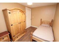 Amazing single room in a lovely house, Turner Street, Whitechapel, E1