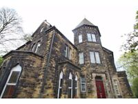 Room available immediately in a lovely Victorian house in Woodhouse