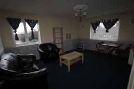 A Beautifull 2 bedoom top floor Flat in a prime location- Conway gardens