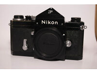 VERY RARE!! NIKON F VINTAGE FILM ANALOGUE BLACK PROFESSIONAL CAMERA! FULLY WORKING! OPEN TO OFFERS!!