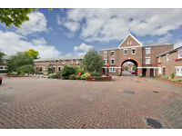 Five bedroom in a townhouse complex Must see! Only £700/week! Close to Mudchute Dlr in E14