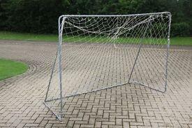 TP toys toy football goal, 7 x 5 football net / goal for outdoor / garden use.