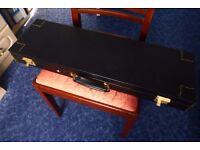 Gun case, for Shotgun or Rifle. lockable vintage style hard case