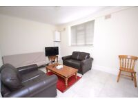 Bright and spacious double bedroom located in N8