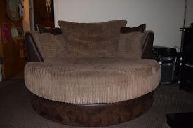 Heath Large Swivel Chair 2SC