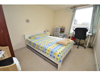 A spacious self contained two double and one single bedroom maisonette located in De Beauvoir Town.
