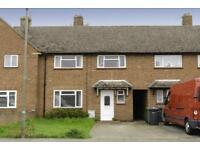 4 bedroom house in Hornbeam Road, Guildford