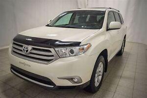 2013 Toyota Highlander AWD, 7 Passagers, Roues en Alliage, vitre