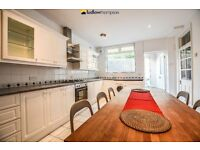 Period House Boasting Four Actual Double Bedrooms + Courtyard Located 5 Minute walk of Peckham Rye