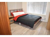 2/3 Bedroom Flat, With Separate Lounge, Available NOW, Clean & Refurbished To A Good Standard, E29HX