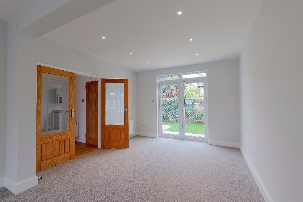 A Newly Refurbished Three Bedroom house in North Finchley