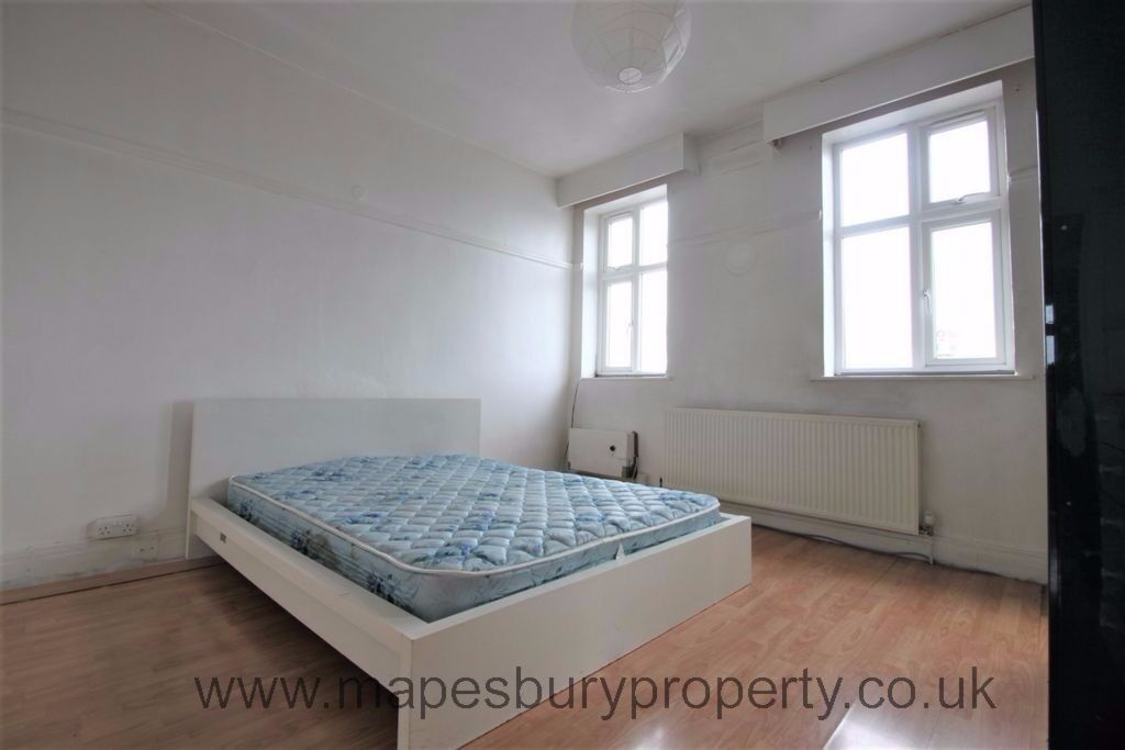 Beautiful spacious 2 bedroom for a bargain in NW London