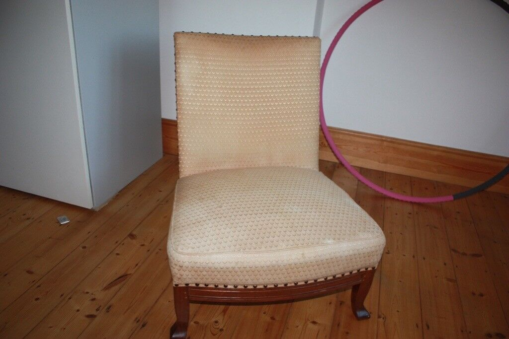 High back low seat Nursing chair Antique - High Back Low Seat Nursing Chair Antique In Enfield, London Gumtree