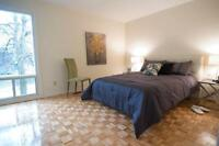 Three Bedroom Town Homes Parkwood Hills for Rent - 1343...