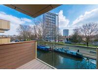 Large 2b, designer furnished, under floor heating,high end appliances in Amberley Road,London DF6035