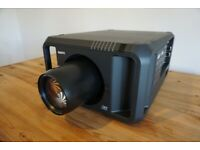 Sanyo PDG-DHT8000L DLP Projector + Short Throw Lens + Spare Lamps + Remote