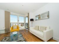 1 bedroom flat in Queensland Terrace, Gillespie Court, Islington N7