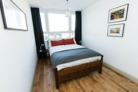 Double rooms available in East London easy commute Canary and Startford . plenty of local ameninties