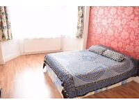 Large double room in lovely house in Tooting Bec. Available 01/03