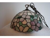 ***Gorgeous Stained Glass Pendant Lamp - LIKE NEW***