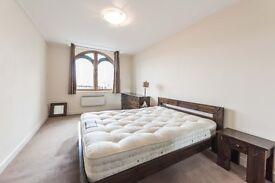 1 Bedroom flat to rent in City Road EC1V