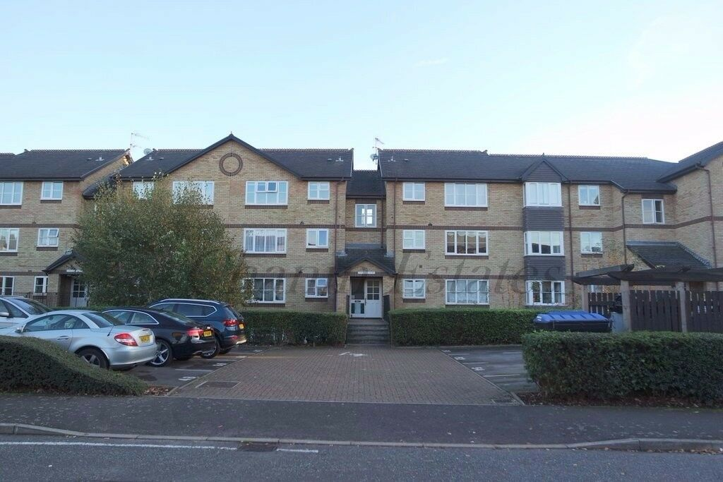 **AMAZING 2 DOUBLE BEDROOM FLAT TO RENT AVAILABLE NOW**