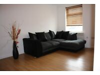 Stylish Modern Two Bedroom Property - £675 - Five Minute Walk to City Centre.