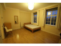GORGEOUS 3 BEDROOM FLAT MINUTES FROM OLD STREET TUBE