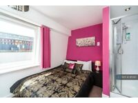 4 bedroom flat in St Margarets Place, Brighton, BN1 (4 bed) (#911393)
