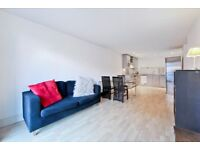 Superb 2 bedroom 2 bathroom flat part of a modern development moments from the Thames