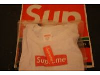 Authentic supreme t-shirts never worn black and white
