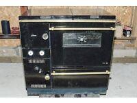 WAMSLER SOLID FUEL RANGE COOKER WITH BACK BOILER