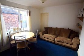 1 Bedroom First Floor Flat - Available Immediatly