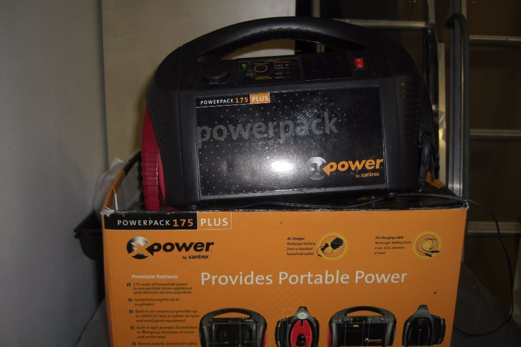 Never Used Car Battery Charger / Jump Starter And Portable