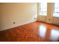 Large 3 bedroom split level apartment to rent in Purley