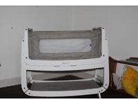 SnuzPod 3 bedisde crib with 2 sheets and mattress protector
