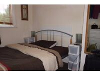 Cosy double room to rent in Bromley. ALL BILLS INCLUDED. Furnished.