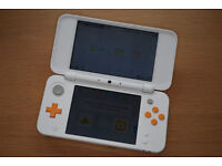 NINTENDO 2DS XL with 5 GAMES