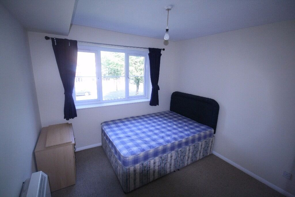3 Bedroom Flat - Brixton - MUST SEE