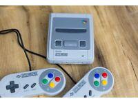 SNES Classic Mini (Super Nintendo Entertainment System) Like NEW (used twice)