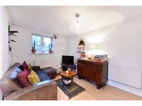 One double bedroom apartment located close to Well Street Common and the trendy Victoria Park