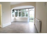Studio flat to rent in St. Stephens Road, Hounslow, TW3 £850 including all bills
